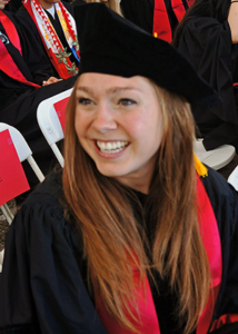 Megan_Graduation-sitting_crop